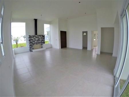 Casa em Condomínio 4 dormitórios em Capão da Canoa | Ref.: 1080