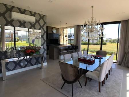 Casa em Condomínio 4 dormitórios em Capão da Canoa | Ref.: 2264