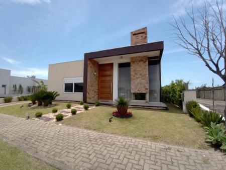 Casa em Condomínio 3 dormitórios em Capão da Canoa | Ref.: 3813