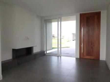 Casa em Condomínio 4 dormitórios em Xangri-lá | Ref.: 6496