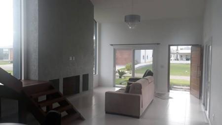 Casa em Condomínio 3 dormitórios em Capão da Canoa | Ref.: 6909
