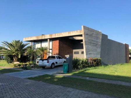 Casa em Condomínio 3 dormitórios em Capão da Canoa | Ref.: 7022