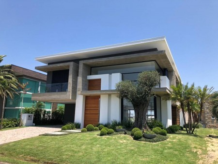Casa em Condomínio 5 dormitórios em Xangri-lá | Ref.: 7077